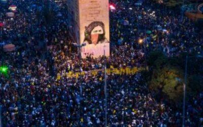Pese a la violencia del Estado el Paro se mantiene en Colombia