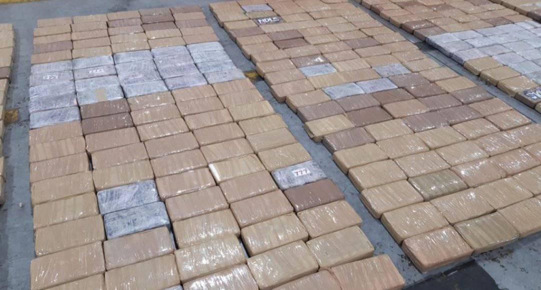 Clúster Bananero y Policía de Antinarcóticos se alían para generar mejores resultados en el combate al narcotráfico