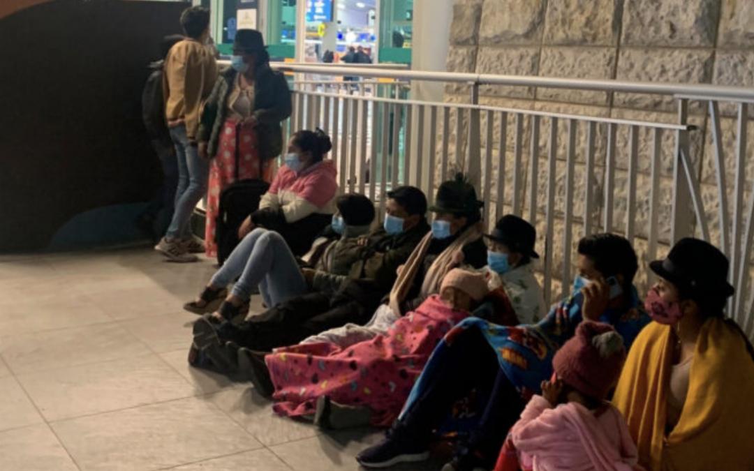 El drama migratorio en el aeropuerto de Quito se agudiza